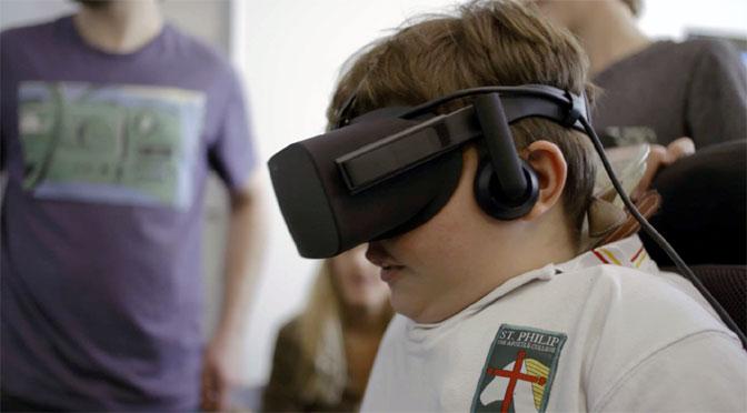 Futbolistas en sillas de ruedas motorizadas se entrenan con realidad virtual