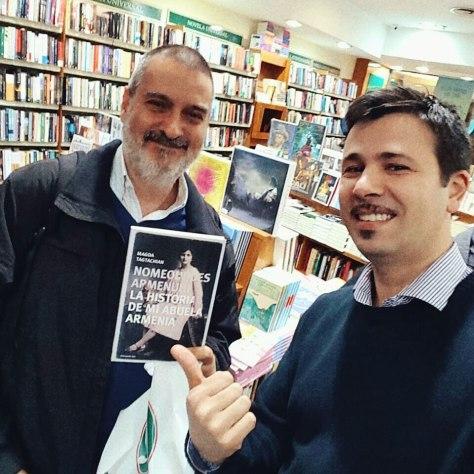 Con Santiago Do Rego y #NoMeOlvides, el libro de Magda Tagtachian. Librerías Yenny, Abasto, Buenos Aires, agosto.