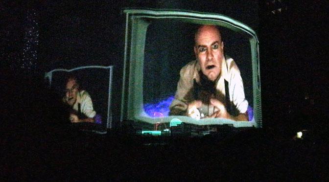 Sobredosis de TV, de Soda Stéreo, en Sép7imo Día del Cirque du Soleil