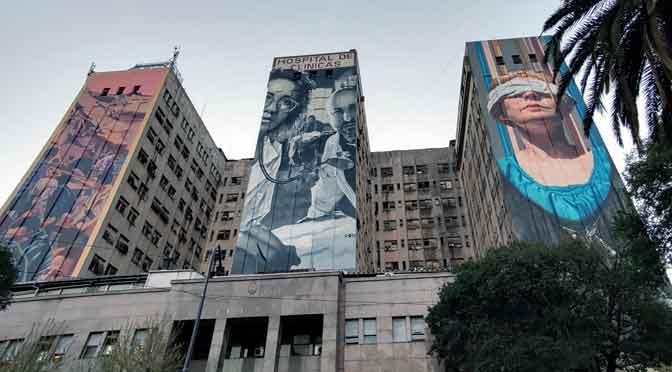 Los murales del Hospital de Clínicas, una metáfora actual de la Argentina
