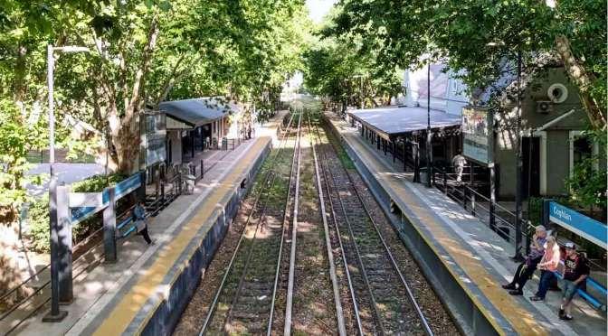 Estación Coghlan, reserva verde y de historia en Buenos Aires