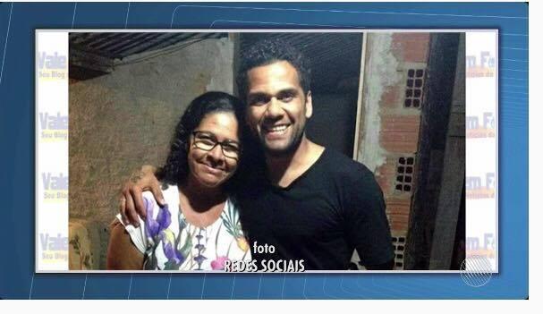 Tia do jogador Daniel Alves morre afogada em rio — Juazeiro