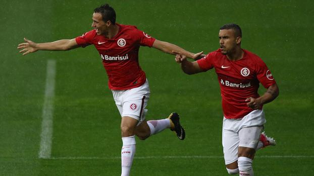 Inter se reabilita contra Figueirense e reassume liderança da Série B