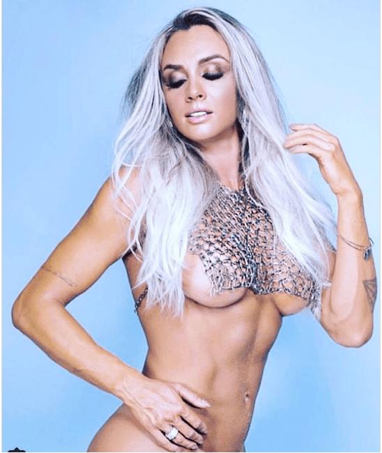 Juju Salimeni exibe seios em primeira foto do ensaio nu da Playboy