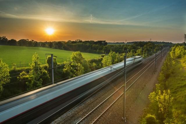 Der Schienenverkehr gehört zu den sichersten Verkehrsmitteln in Deutschland. (Foto: © rochagneux / Fotolia)