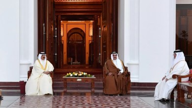 Photo of جلالة الملك يستقبل ولي العهد ويشيد بإدارته الناجحة لفريق البحرين وجهود التعامل مع الوضع الراهن