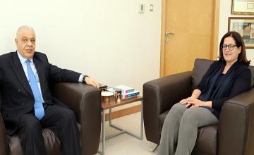 Royal Court's Special Envoy receives Egyptian Ambassador