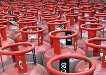 lpg-gas-cylinder-you-can-get-50-lak-rupees-claim-on-insurance-know-about-it