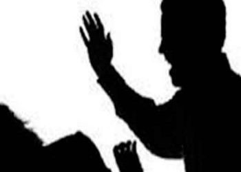 pune-husband-stabs-wife-out-of-anger-over-wifes-departure