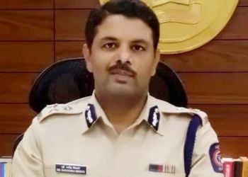 during-the-weekend-lockdown-in-pune-all-shops-including-those-selling-essential-commodities-except-medicines-are-also-closed-strict-action-will-be-taken-against-those-found-violating-curfew-restrict