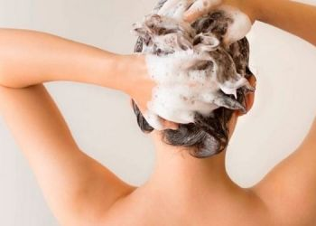 use-these-things-to-wash-hair-instead-of-shampoo