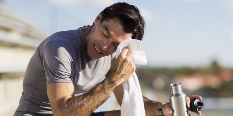 5-easy-tips-to-avoid-hot-wind-and-dehydration-in-summer