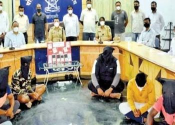 gang-of-robbers-arrested-in-sangli
