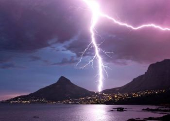 the-unfortunate-death-of-two-young-girls-due-to-lightning
