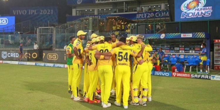 ipl-2021-3-csk-camp-5-ddca-staff-test-positive-covid-19-after-kkr-confirm-2-cases
