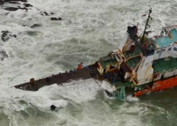 cyclone-tauktae-146-rescued-from-barge-p305-off-bombay-high-area
