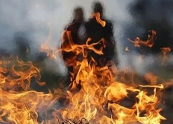 they-forced-to-suicide-for-not-having-son-in-laws-burnt-dead-body-of-married-woman-in-front-husbands-house-at-junnar-in-pune-district