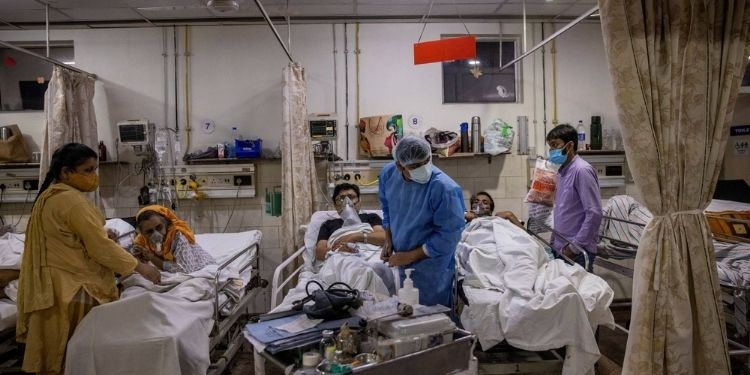 corona virus second wave is in control but one lakh active patients in 4 states
