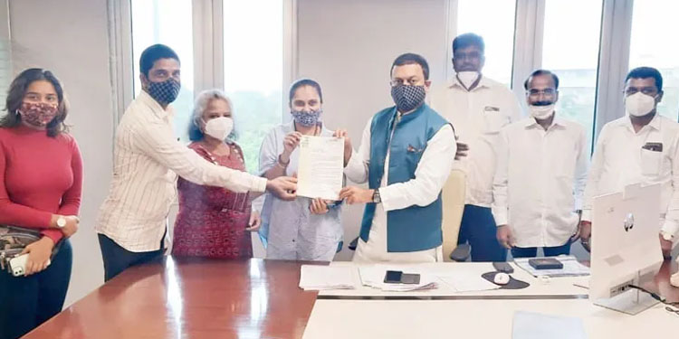 Give industrial status to Marathi film industry demand of NCP Film Cultural Department