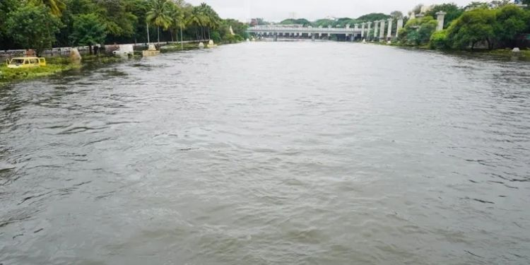 pune-rains-pune-rains-flood-threat-averted-in-pune-the-discharge-from-mutha-river-increased-from-18-thousand-to-4-thousand