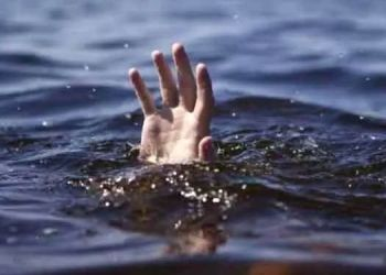 Aurangabad News   Shocking! Two youths drown in farm due to unpredictable water.