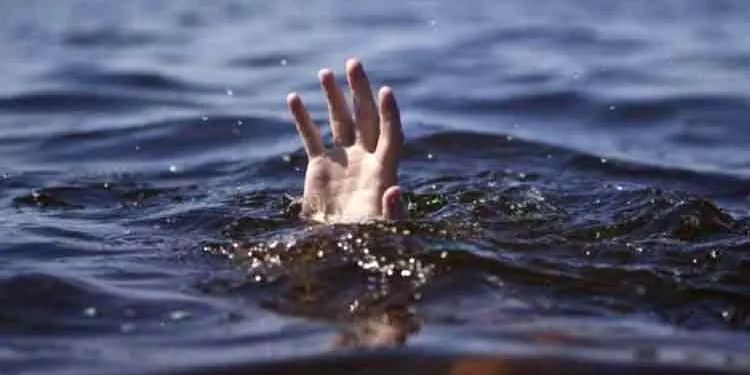 Aurangabad News | Shocking! Two youths drown in farm due to unpredictable water.