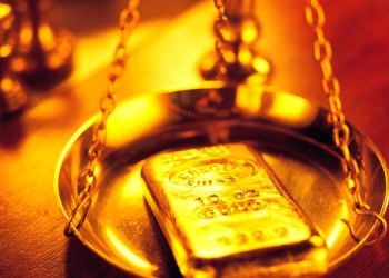 gold price today spiked by rupees 422 per 10 gram and silver also jumped check latest rates