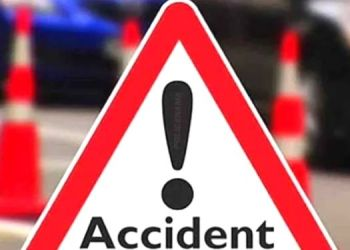 Pune News | An 18-year-old boy going to a cricket class died in an accident, his 11-year-old brother was seriously injured; Garage driver arrested