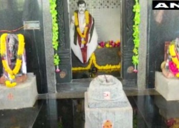 omg ! woman from andhra pradesh built a temple in her husband name said he had come in a dream