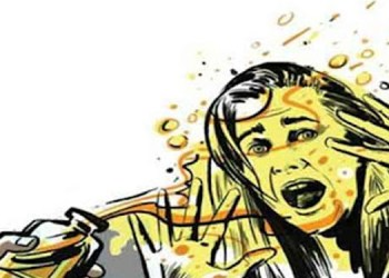 Pune Crime Shocking 45 year old Naradhama s marriage proposal to 16 year old daughter Threatened to throw acid in the face if not married