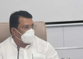 Maharashtra Lockdown | maharashtra lockdown will there be stricter restrictions state again minister vijay wadettiwar.
