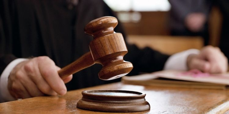 Pune Court | Doctor woman to get alimony of Rs 75,000; Family court order to pay monthly amount.