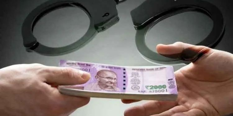 Pune journalist arrest journalist arjun shirsath arrested for demanding rs 5 lakh ransom from businessman a ransom of rs 5 lakh was also taken earlier revealed from a phone conversation.