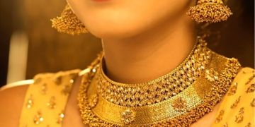 Gold Price Today   gold prices today drop to lowest in 5 months after big fall over rs10k down from record level.