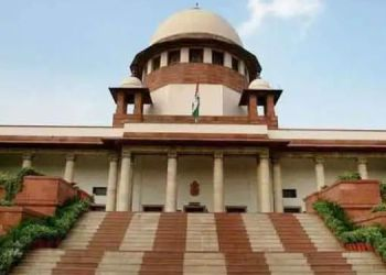 Supreme Court   police officers who take bribe should be jailed supreme court