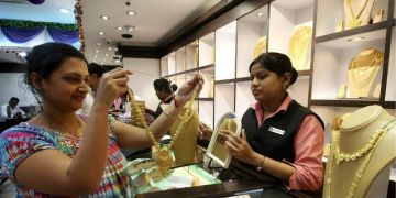 Gold Silver Price   gold prices increased 18 days before dhanteras silver increased by more than rs 3600 in october