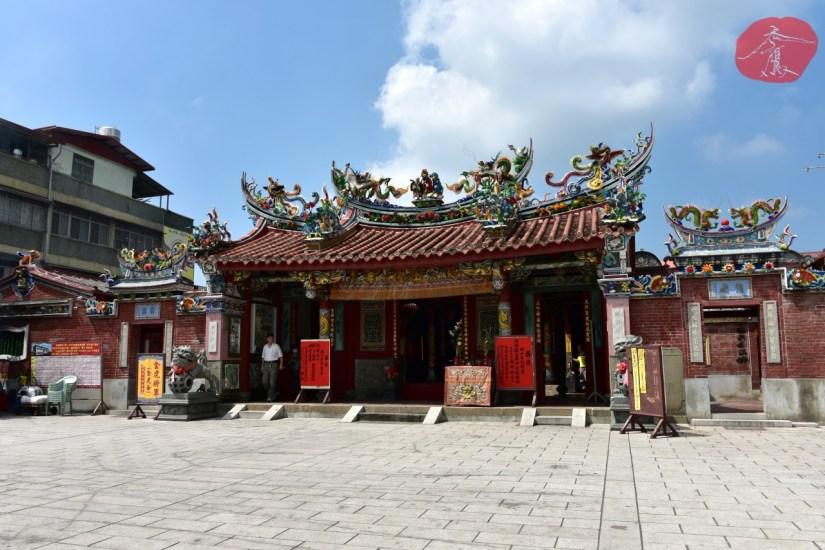 Temple_250_03_comser2518.jpg