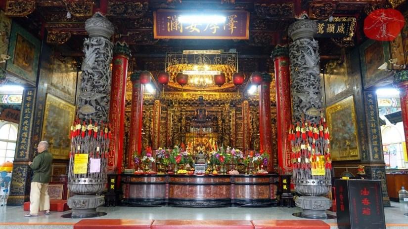 2062_1318_01_Temple.jpg