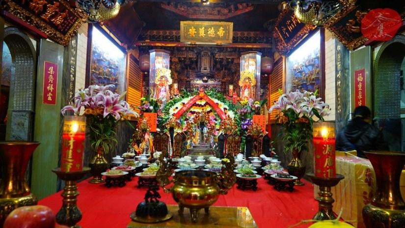 2067_1356_02_Temple.jpg