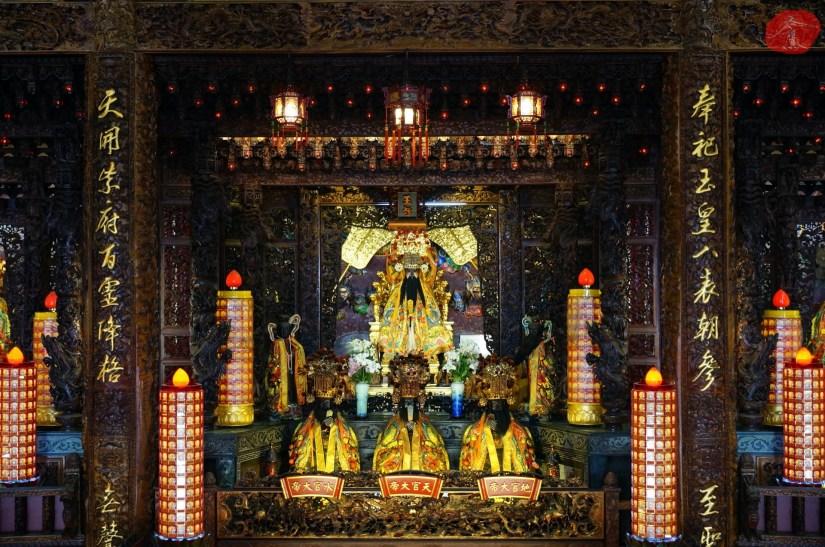 Temple_6980_04_comser4213.JPG