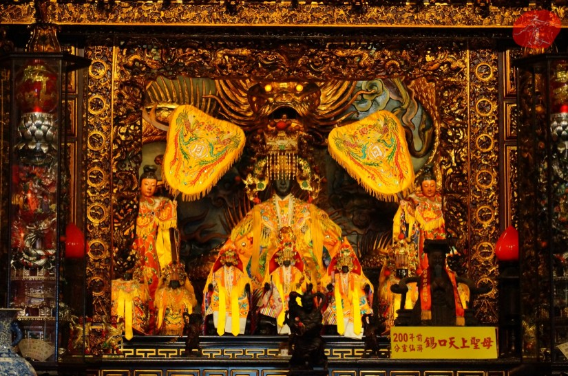 Temple_7070_03_comser4158.JPG