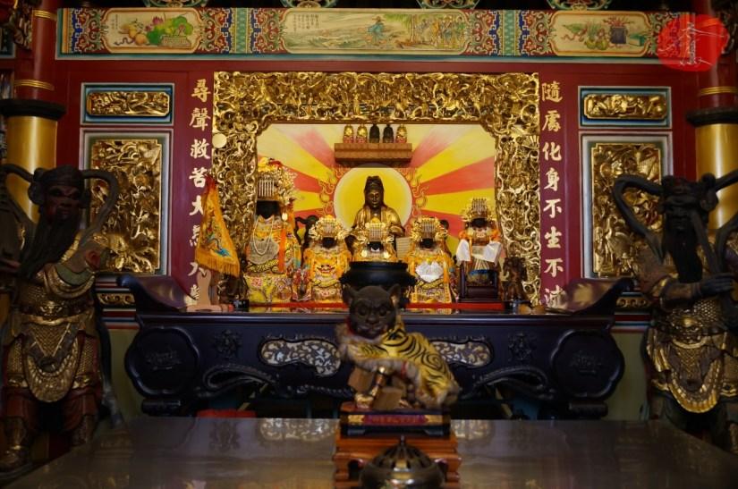 7467_9543_018_Temple.JPG