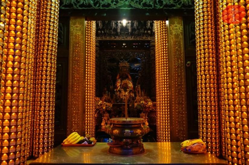 7557_4144_004_Temple.JPG