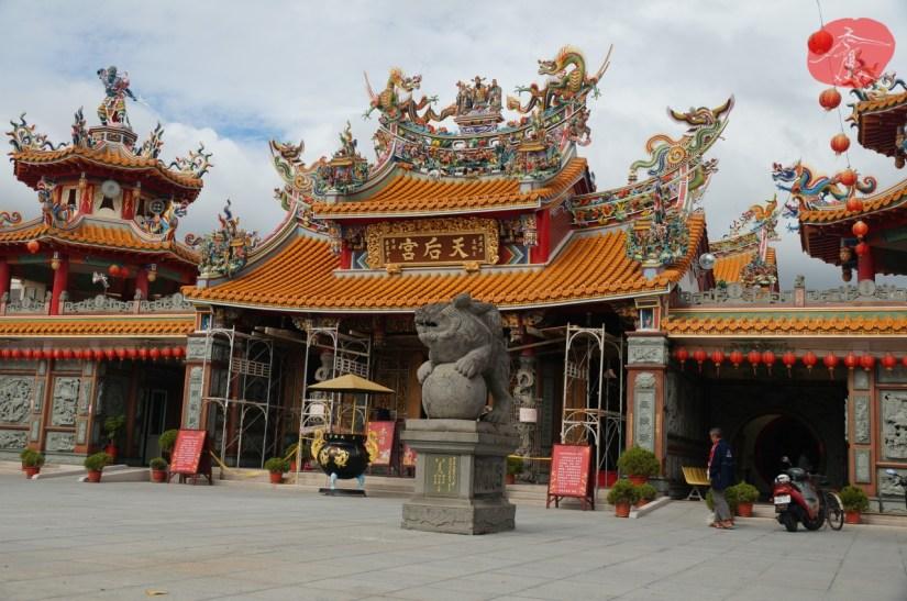 7634_5136_008_Temple.JPG