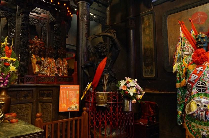 7725_2949_089_Temple.JPG