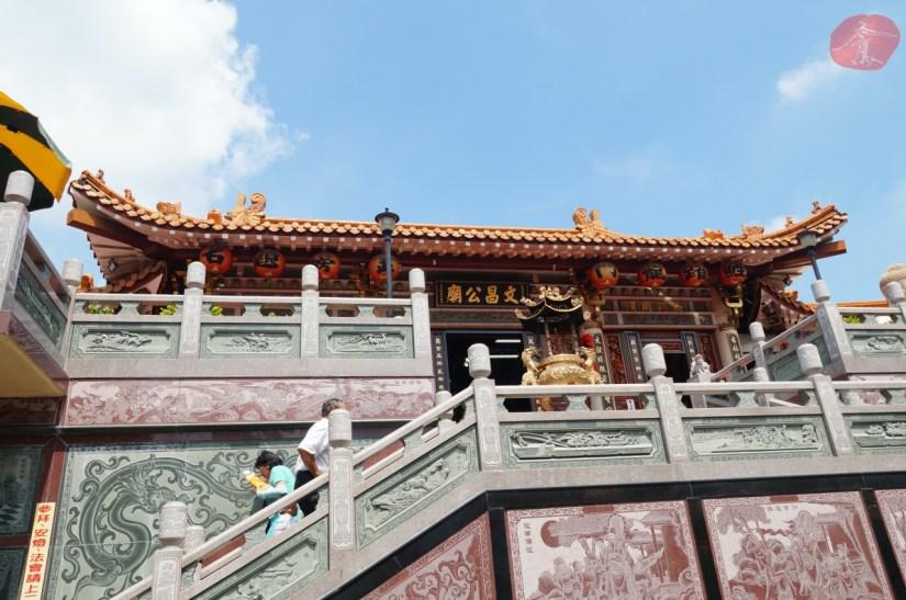 7829_3285_002_Temple.JPG