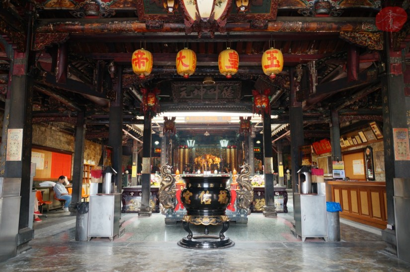 8279_4696_002_Temple.JPG