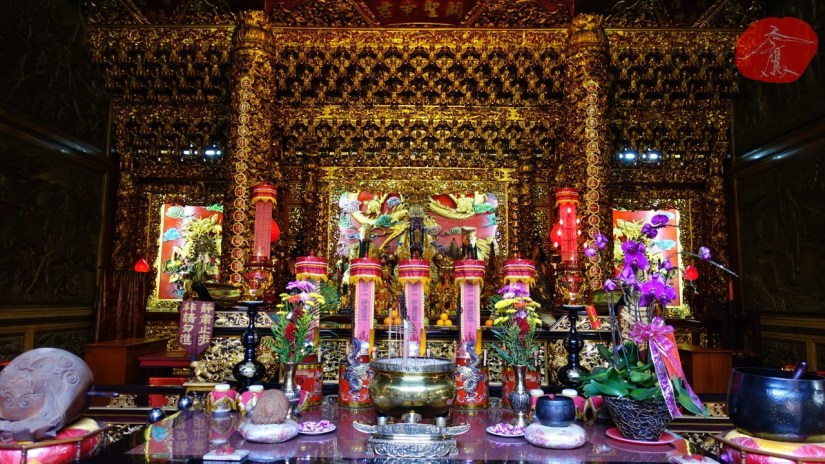 912_3241_07_Temple.jpg