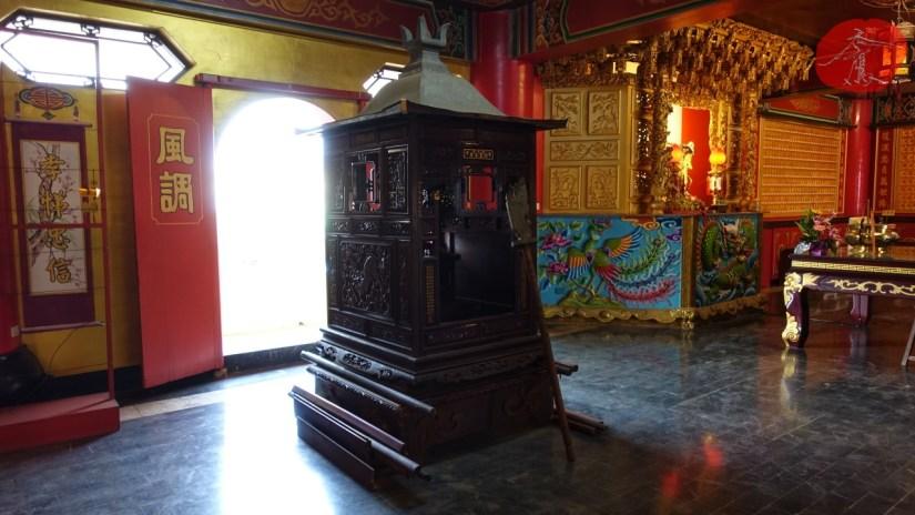 932_3172_09_Temple.jpg