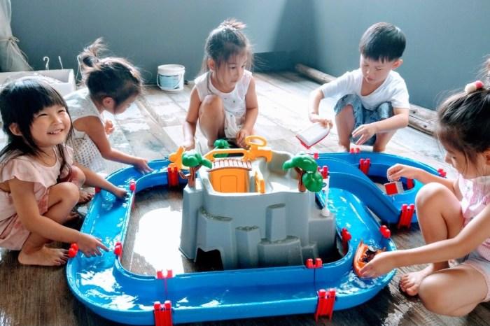 [啾團] 另類玩水放電x瑞典 Aquaplay 火山歷險漂漂河水上樂園玩具讓大人小孩都瘋狂的滑水道遊戲